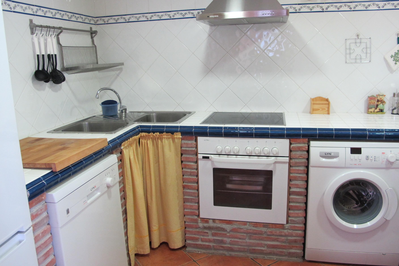 Cocina casa rural sierra de inodejo soria - Cocina casa rural ...